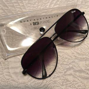 DESI PERKINS sunglasses QUAY